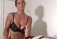 Die reife vollbusige Blondine Shyla Stylez liebt es, schwarze kostenlose pornos für das handy Schwänze in den Mund zu nehmen