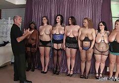 Wunderschöne Sekretärin in Strümpfen wird anal gefickt kostenlose pornos von amateuren