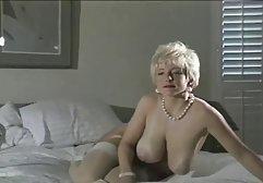 Dude hat eine Prostituierte zu Hause angerufen, die kostenlose pornofilme reifer frauen seinen Schwanz gelutscht hat
