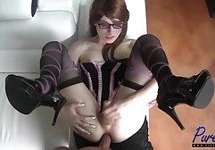 Das kostenlose private sex filme heiße Girl Angelina Crowe nimmt drei Schwänze tief in den Mund