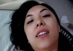 Reife, erfahrene Lesben bringen zwei jungen Huren pornos online ohne anmeldung die Grundlagen der Lesbenliebe bei