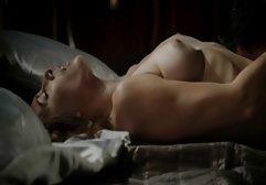 Katie Caro reitet sexfilme hd gratis drei Schwänze