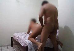 Vollbusige Brünette wird kostenlose hd sex filme von einem Masseur gefickt