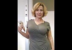 Pralle Brünette liebt es, kostenlose pornos für das handy ihre Dildomuschi zu ficken